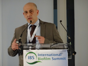 Francesco-Food-industry-biofilm-IBS-300x225